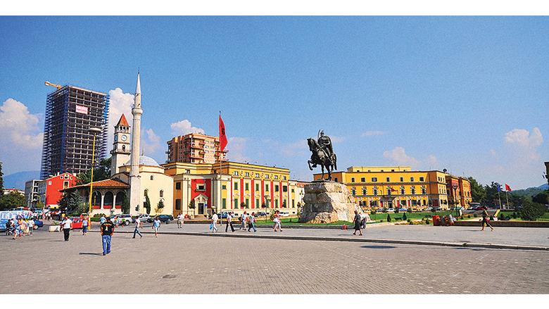 Tirana, Albania สีสัน ความรื่นรมย์ และพลังเยาวชน สัมผัสแห่งความหวังครั้งใหม่ของคนเมือง